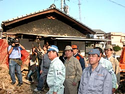 片山参院幹事長、党調査団が台風23号被害で岡山県を視察